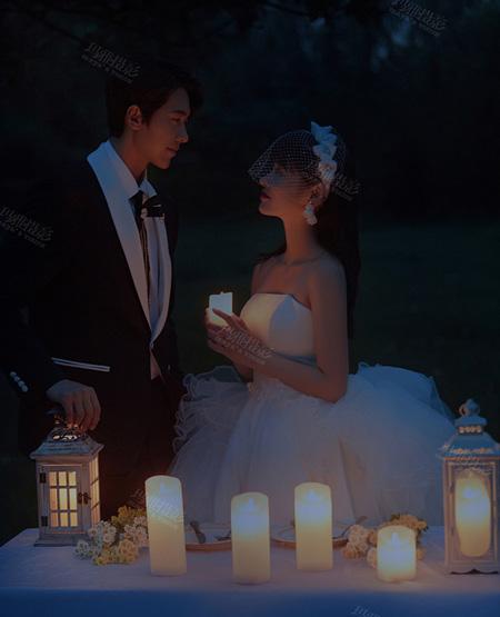 和你在一起的夜晚,燭火搖曳,浪漫無比